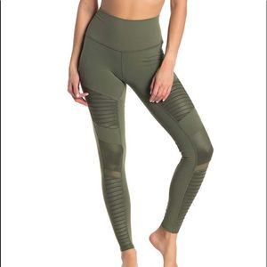 🆕ALO Yoga High-Waist Moto Legging